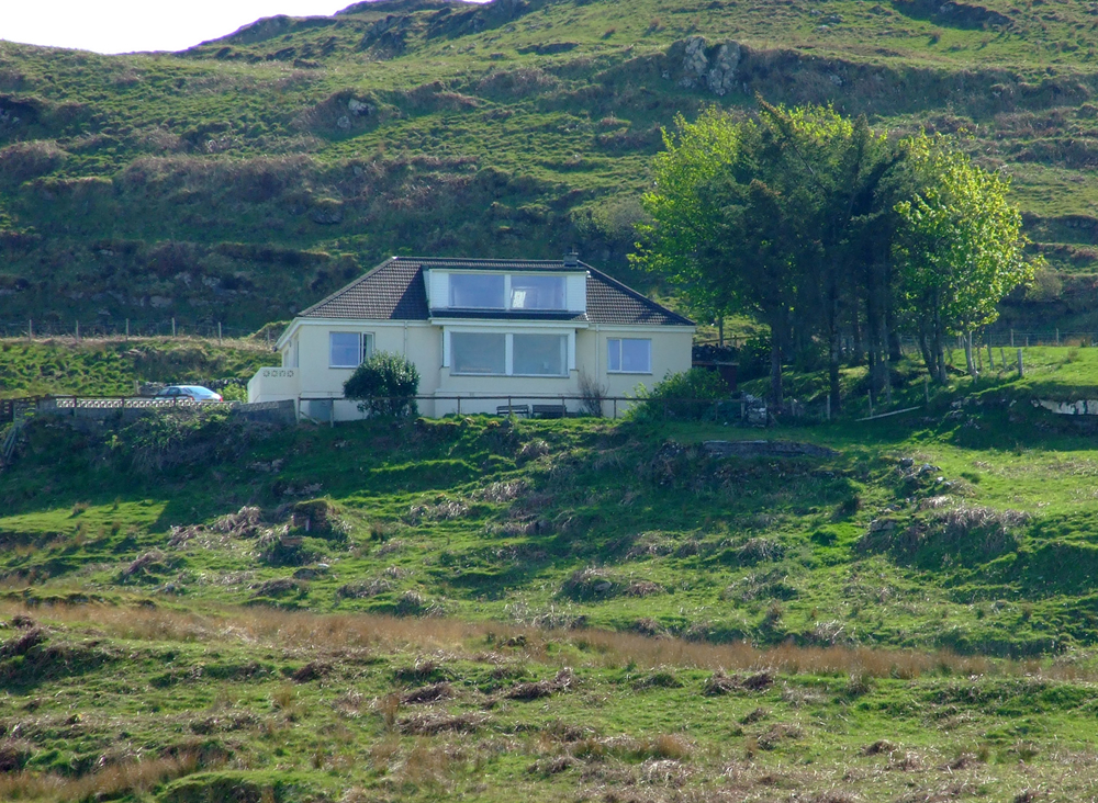 Air an Oir Self catering holiday house Ardnamurchan Scotland